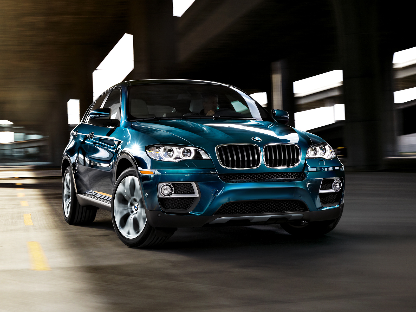2015 bmw x6 pictures luxury things. Black Bedroom Furniture Sets. Home Design Ideas