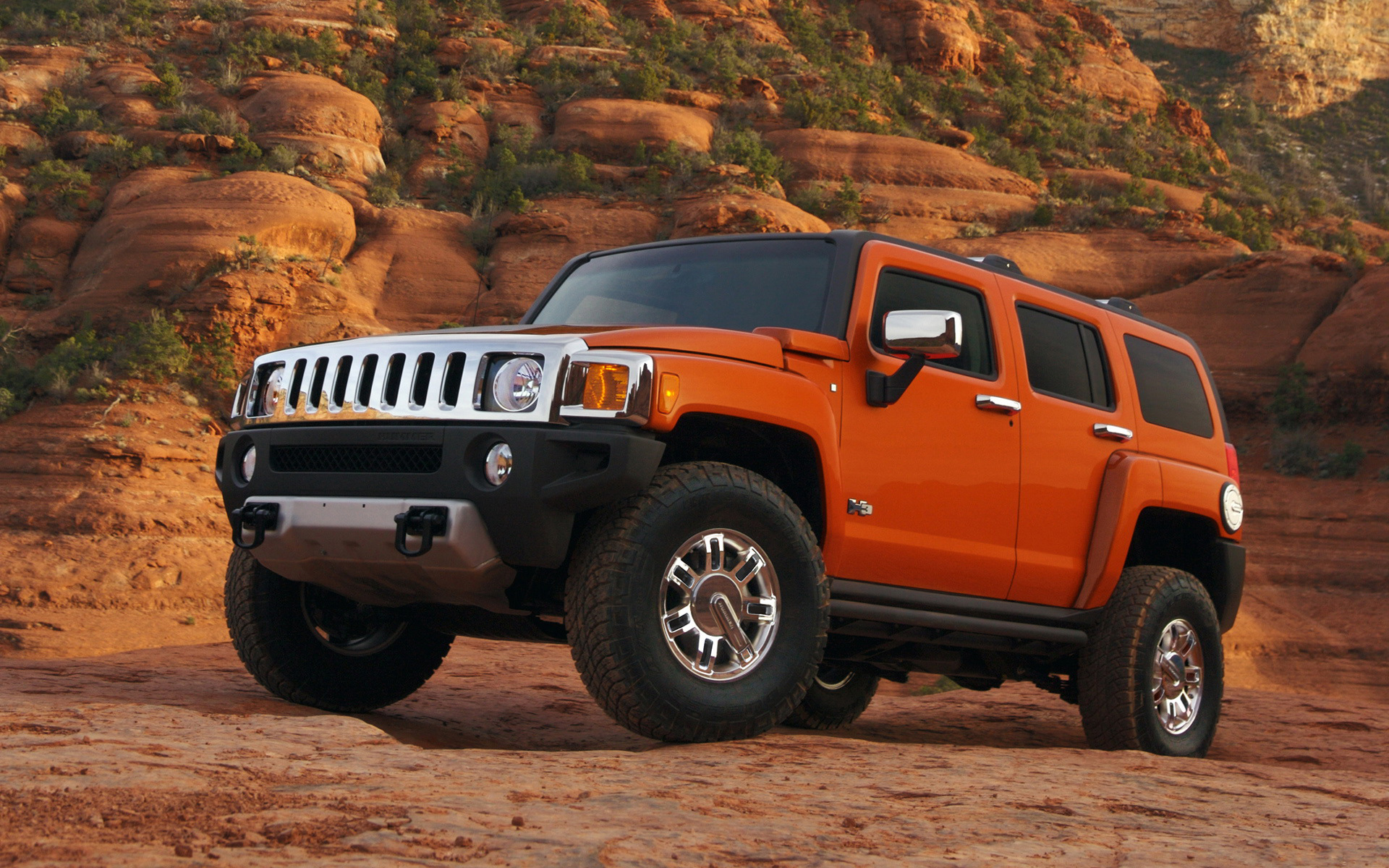 Hummer H3 red