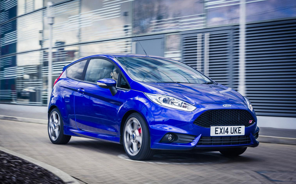 blue Ford Fiesta 2015 pricelist