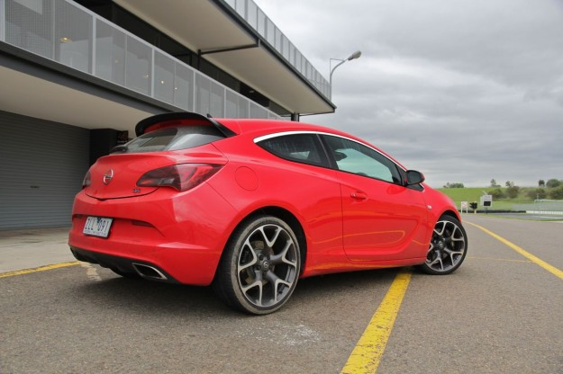 2015 Opel Astra Gtc Luxury Things