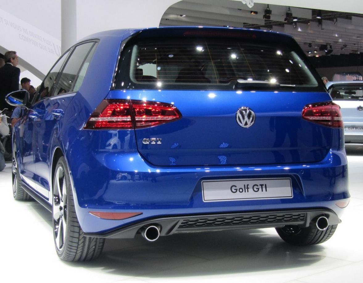 2014 vw golf 7 gti luxury things. Black Bedroom Furniture Sets. Home Design Ideas